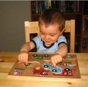 childwithpuzzle2